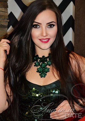 Gorgeous single women: Ukraine lady Marina from Cherkasy